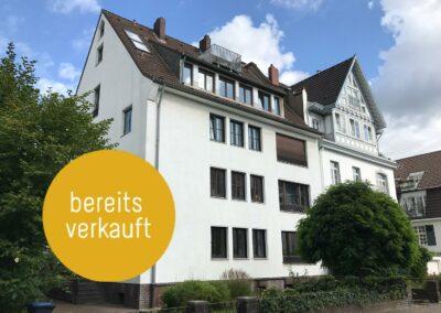 Düsseldorf Grafenberg – Schöne, sanierungsbedürftige 4-Zimmerwohnung mit Garten, Balkon und Garage