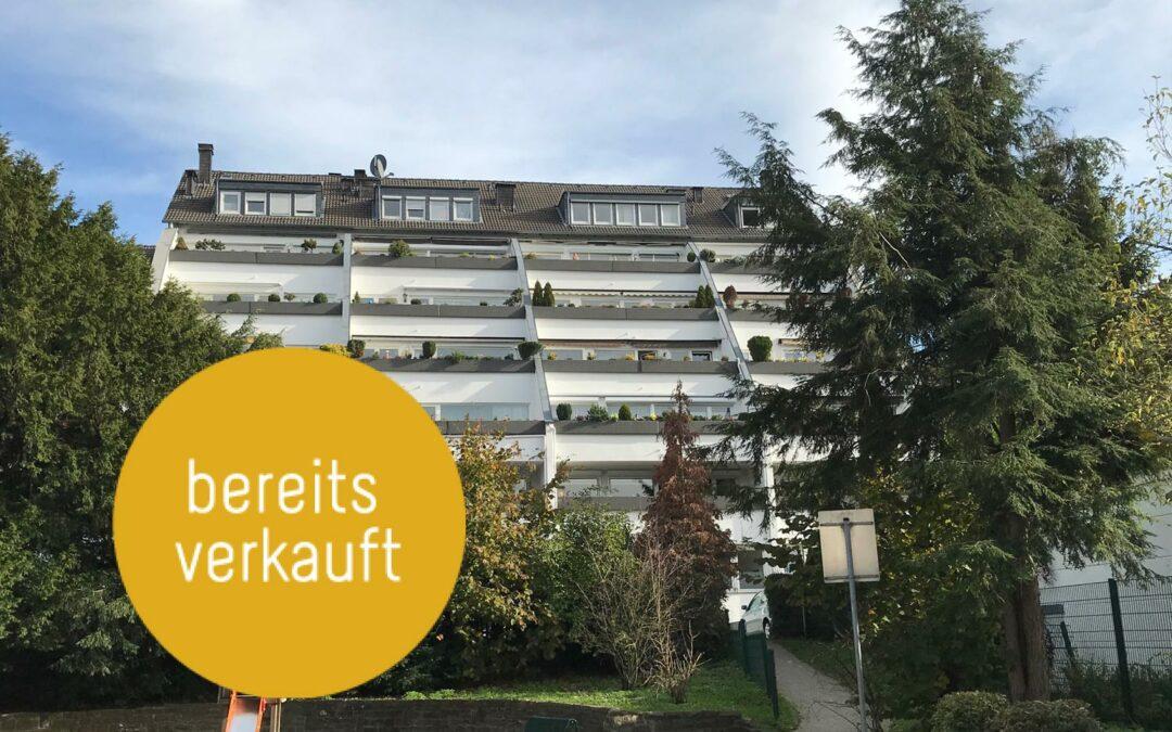 Helle, gut aufgeteilte 3,5-Zimmer-Etagenwohnung im Herzen von Velbert mit Loggia und TG-Stellplatz